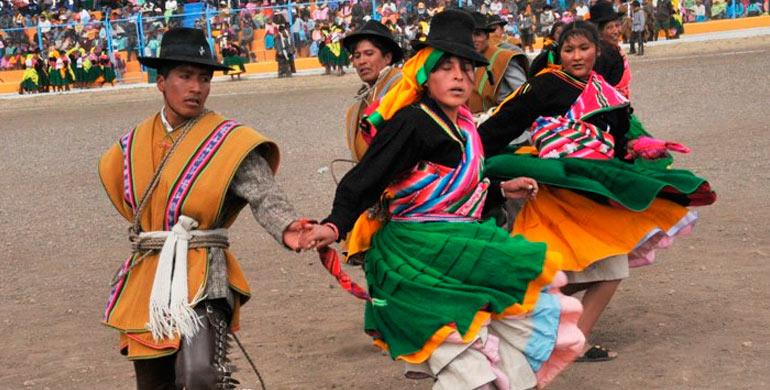Danza el K'ajelo Puno o Ckara Botas