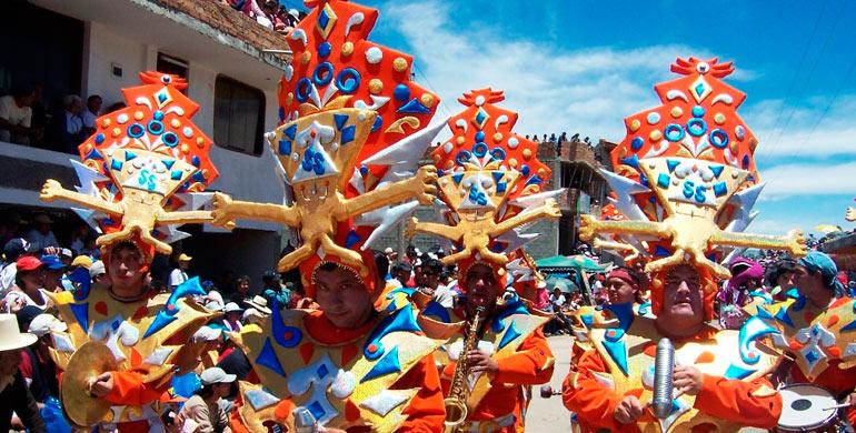 carnavales-de-cajamarca