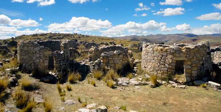 complejo-arqueologico-de-tunanmarca