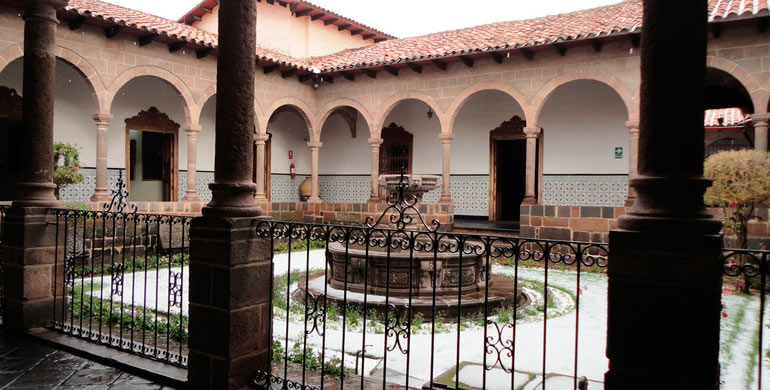 palacio-arzobispal-de-cusco