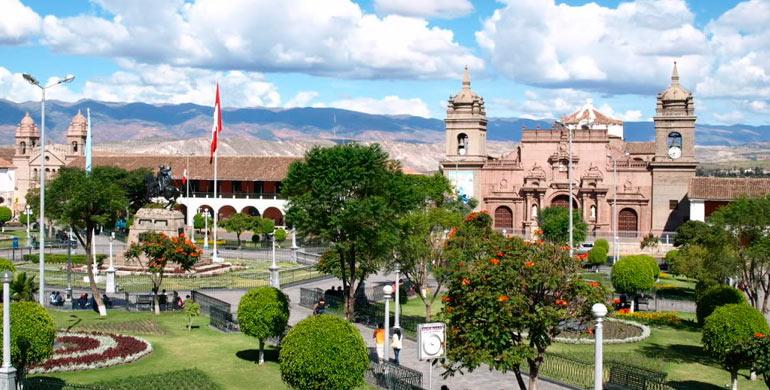 plaza-de-armas-de-ayacucho