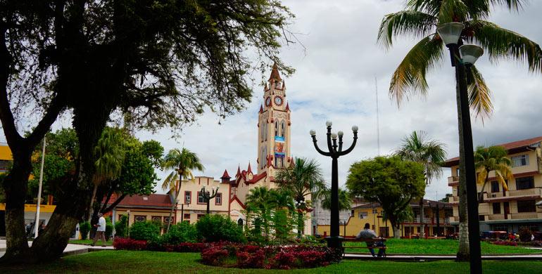 plaza-de-armas-de-iquitos