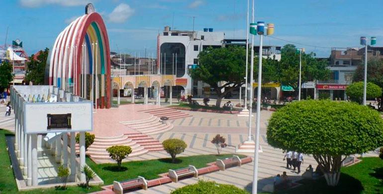 plaza-de-armas-de-tumbes