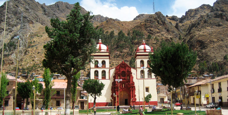plaza-de-armas-huancavelica