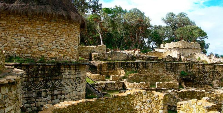 restos-arqueologicos-de-yalape